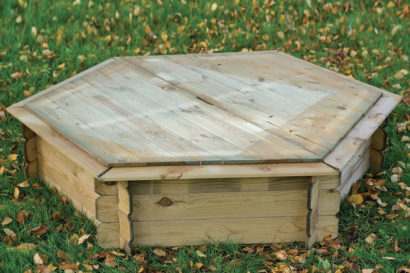 Hexagonal sandpit with wooden lid Tuindeco 16x6175